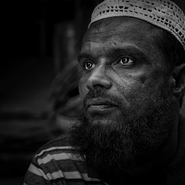 Kabir the House Painter by Leyon Albeza - People Portraits of Men ( black and white, people, portrait, street photography, human )