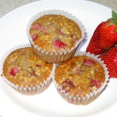 Strawberry Cinnamon Oatmeal Muffins