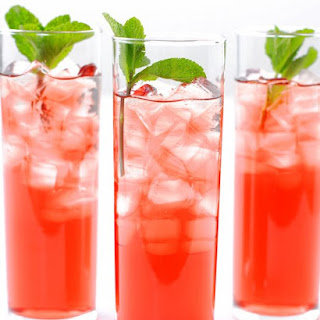 Hibiscus-Mint Iced Tea