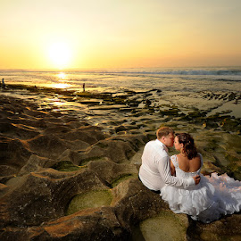 Romantic Couple in the Great Time by Amin Basyir Supatra - Wedding Bride & Groom ( love, bali, red, sky, prewedding, wedding, sunset, romantic, beach )