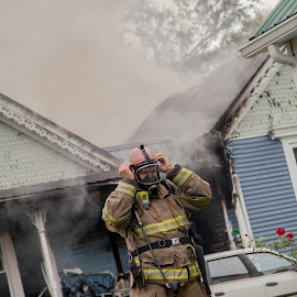 Out of Air by Melanie Ayers Wells-Photography - News & Events Disasters ( larue county fire dept, valley creek fire dept, magnolia fire dept, house fire, buffalo fire dept, hodgenville kentucky, melanie wells photography )
