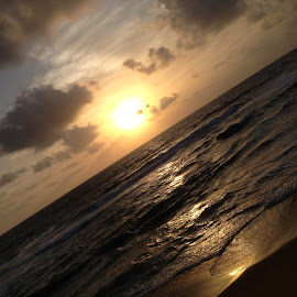 colombo galle face beach  by Shlàsh Kànnà - Instagram & Mobile iPhone ( iphoneography, sunset, beach, iphone, evening )