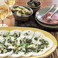 Spicy Marinated Mozzarella with Oregano and Capers