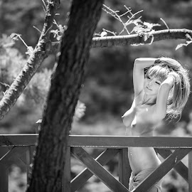It's hot by Keith Homan - Nudes & Boudoir Artistic Nude ( homan, nude, keith, bridge, korea, korean )