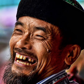 A SMILE FROM HEART by Anand Lepcha - People Street & Candids ( Emotion, portrait, human, people )