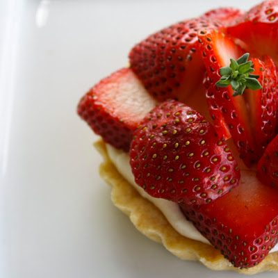 Brown Sugar Strawberries and Cream Mini Tarts