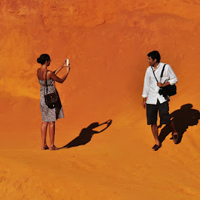 Réunions by Luigi Alloni - People Street & Candids ( sand, people shadows roussillon france hill, people )