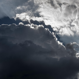 sky above by Boris Romac - Landscapes Cloud Formations ( k3, clouds, da, sky, croatia, coguar, glavice, ricoh )