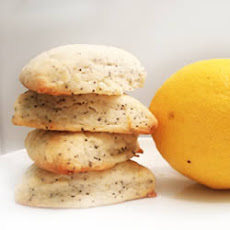 Vegan Lemon Poppy Scones