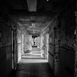haunyed hallways by Luke Kill - Buildings & Architecture Decaying & Abandoned