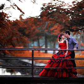 Red by Ivanko Junalta - Wedding Bride & Groom ( prewed, red, couple, bridge,  )