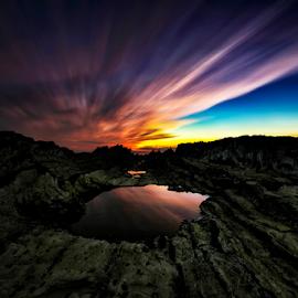 Edge of the Earth by Nyoman Sundra - Landscapes Sunsets & Sunrises ( arasaki, sunset, kanagawa, beach, landscape )