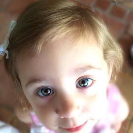 Fiona eyes  by Michael Davis - Babies & Children Child Portraits ( daughter, pretty, eyes )
