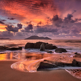 Red sunset by Dany Fachry - Landscapes Beaches