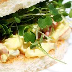 French in a Flash: Saffron Lobster Tea Sandwiches