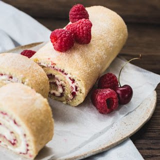 Gluten-Free Raspberry and Lemon Swiss Roll