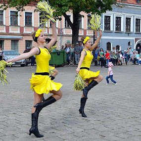Dancers and a small fan by Vida Jankaitiene - City,  Street & Park  Street Scenes (  )