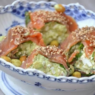 Roll With Salmon And Avocado