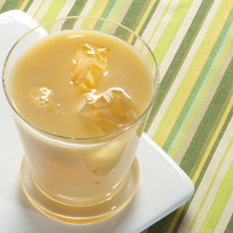 Creamy Tea And Mango Drink