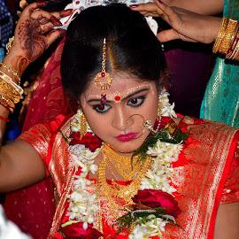 Lost in Happiness by Saikat Kundu - Wedding Bride ( white, candid, saikat kundu, close up, portrait, eyes, red, kajal, wedding, red rose, gold, bride, eye liner, garland, flower,  )