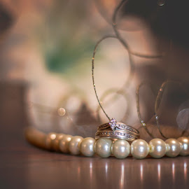 Reflections of Light by Samantha Purea - Wedding Details ( details, lily, wood, wedding, pearls, dramatic, white, rings, wedding rings, soft,  )