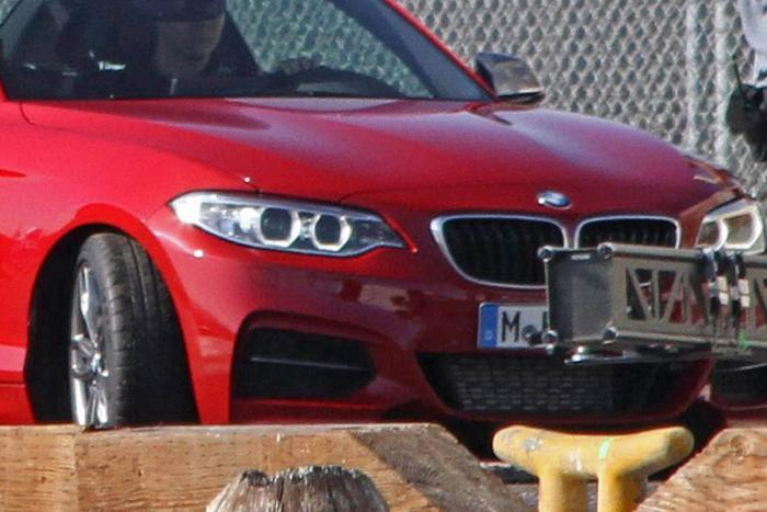 bmw-series-2--grille