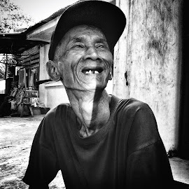 Smile of you by Rofa DBrave - People Portraits of Men