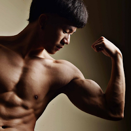 Muscle tone by Pornravee Poocharoen - Sports & Fitness Fitness ( muscle texture portrait body weight perfect healthy )