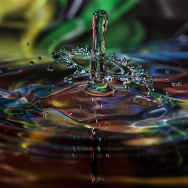 waterfun by Wim Moons - Abstract Water Drops & Splashes ( waterfun, waterdrop, hi speed, abstrakt, fun, colorfull )