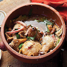 Jiyou Jun Bao Ji (Clay-Pot Chicken with Chanterelles)