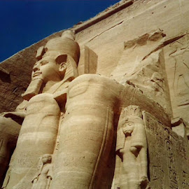 Abu Simbel by Siân Oldfield - Buildings & Architecture Public & Historical (  )