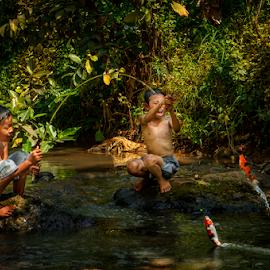 Fishing time by Firman Tirtawidjaja - People Street & Candids