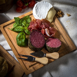 by Leonardo Cremona - Food & Drink Meats & Cheeses ( curso iluminacion, picada, clase 8, Food & Beverage, meal, Eat & Drink,  )