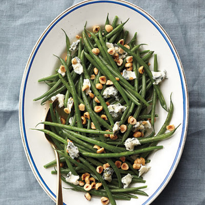 Green Beans with Hazelnuts and Gorgonzola