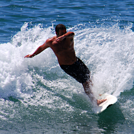 Surf by Solomon Aseoche - Sports & Fitness Surfing