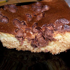 Chocolate Chip Ooey-Gooey Butter Cake
