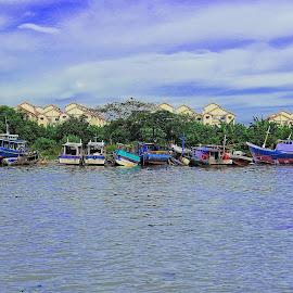 Abandon Boat! by Azhar Aziz - Transportation Boats ( fishing, boat, tawau, borneo, abandoned )
