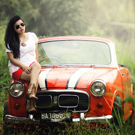 dikala senja by Richoo Gucci - People Fashion ( car, fashion, classic car, women )