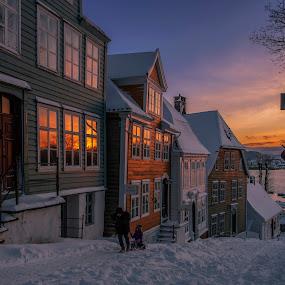 Sunset reflections by Rune Askeland - City,  Street & Park  Neighborhoods ( winter, old bergen, sunset, snow, gamle bergen, old houses )