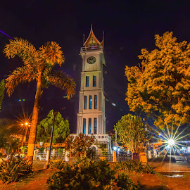 JAM GADANG by Rangga Tanjung - Buildings & Architecture Statues & Monuments ( history, watch, monument, night, architecture )
