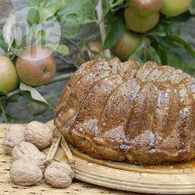 "Andrea Leeman's Apple and Walnut ""Radiator Cake"""
