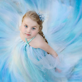 Frozen - My soul is spiraling in frozen fractals all around by Kristina Hubschmitt - Babies & Children Child Portraits ( let it go, spinning, disney, frozen, elsa )