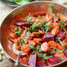 Spicy Beets & Carrot Curry in Creamy Coconut Milk