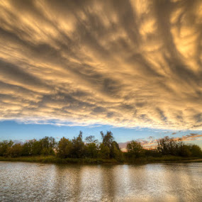 San Donà Di Piave - Blustery Sky by Fa Ve - News & Events Weather & Storms ( countryside, blustery sky, veneto, san donà di piave, cloud, piave, italy, river )