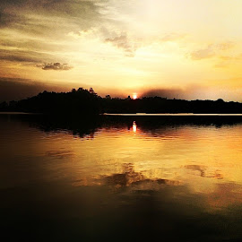 Putrajaya Sunset. by Miizan Ahmad - Instagram & Mobile Instagram ( sunset, insta, xperia )