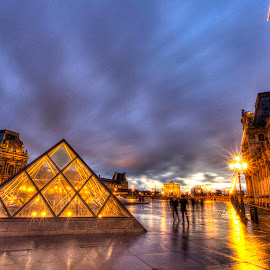 Louvre Night 3 by Ben Hodges - City,  Street & Park  Night ( paris ·     louvre ·     statue ·     old ·     hdr ·     pyramid ·     fountain ·     france ·     historical ·     public ·     rain · night, long exposure )
