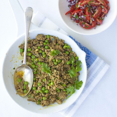 Curried Lamb & Peas With Tomato & Onion Salad