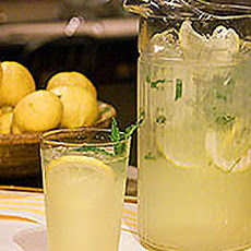 Classic Homemade Lemonade