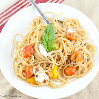 One Pot Caprese Pasta Recipe (No Draining Required!)