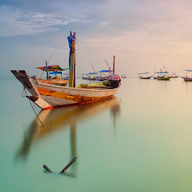 docking by Didit Aryono - Transportation Boats